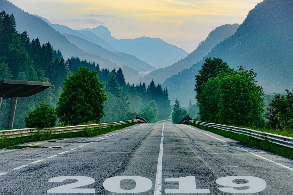 2019 the Year of Self-growth and Meaningful Change Start-line-3449607_1920-1024x683